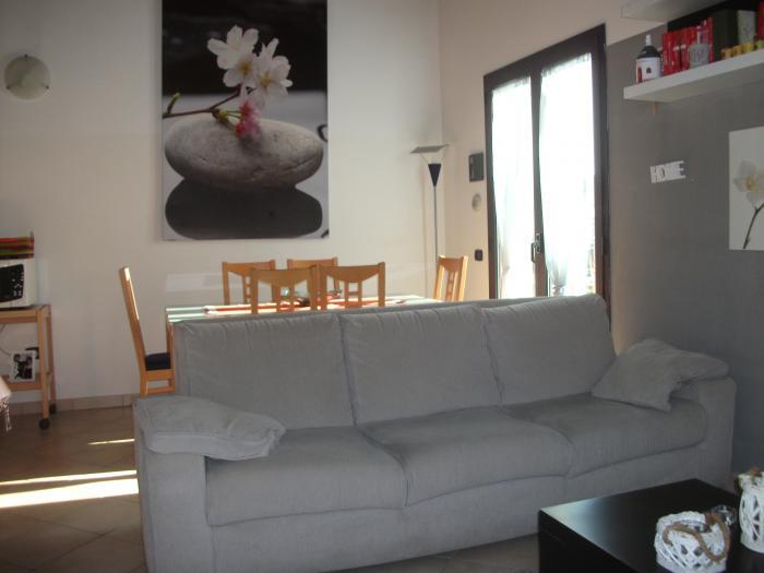 Vendita Monte porzio  - Mq. 70 Bagni.1 Locali.3 - euro 95000