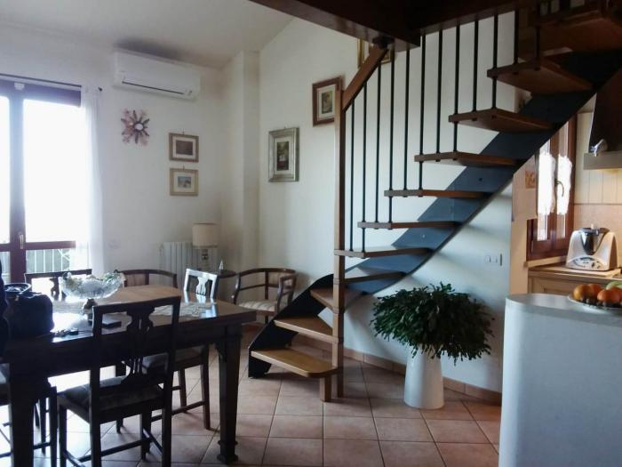 Vendita San costanzo  - Mq. 90 Bagni.2 Locali.4 - euro 145000