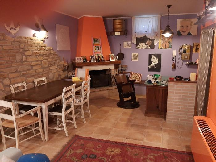 Vendita Mondolfo  - Mq. 110 Bagni.3 Locali.5 - euro 275000