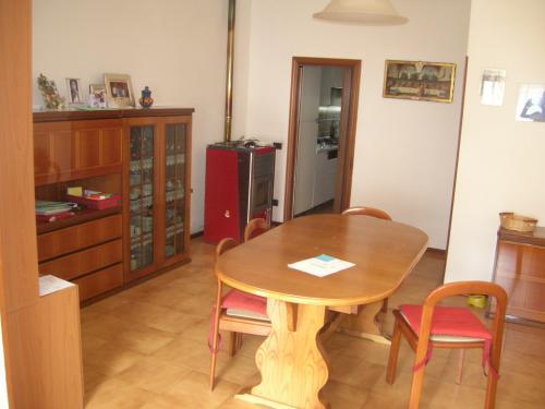 Vendita San costanzo  - Mq. 115 Bagni.2 Locali.5 - euro 90000