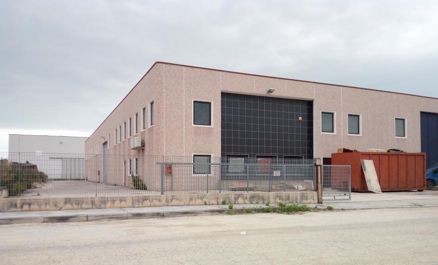capannone industriale