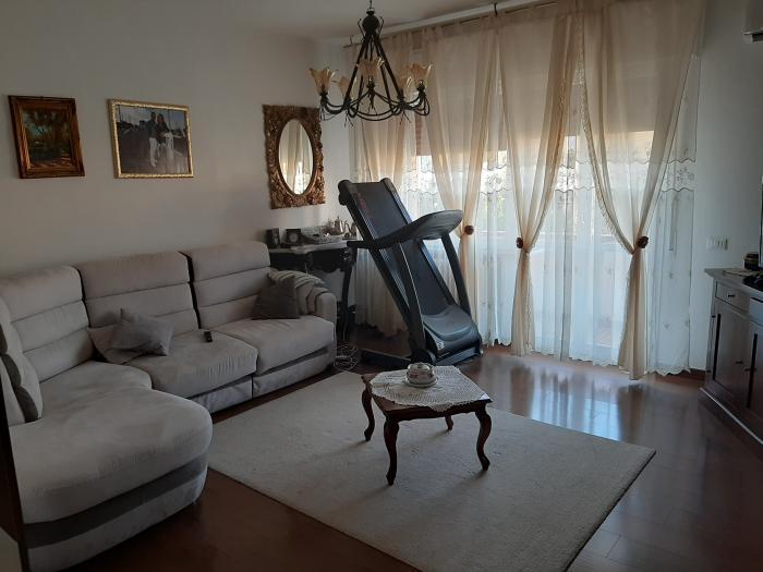 Vendita Mondolfo  - Mq. 110 Bagni.1 Locali.5 - euro 140000