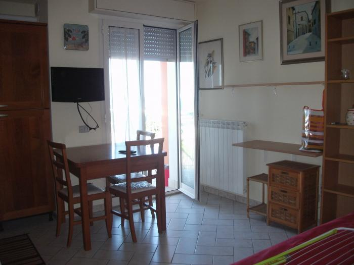 Vendita Fano  - Mq. 45 Bagni.1 Locali.2 - euro 105000