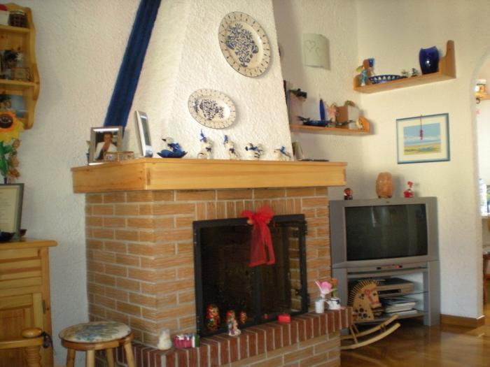 Affitto Trecastelli  - Mq. 63 Bagni. Locali. - 79000