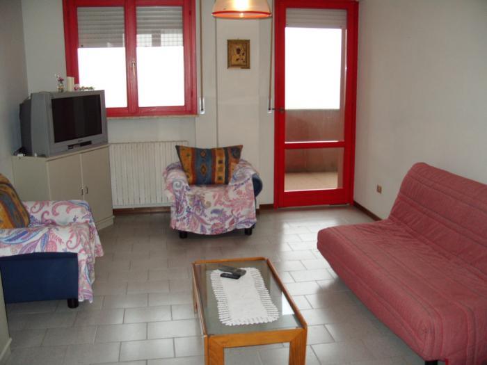 Vendita   - Mq. 68 Bagni. Locali. - euro 155000