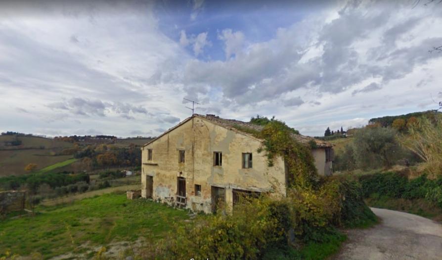 Vendita Mondolfo  - Mq. 320 Bagni.1 Locali.12 - euro 250000