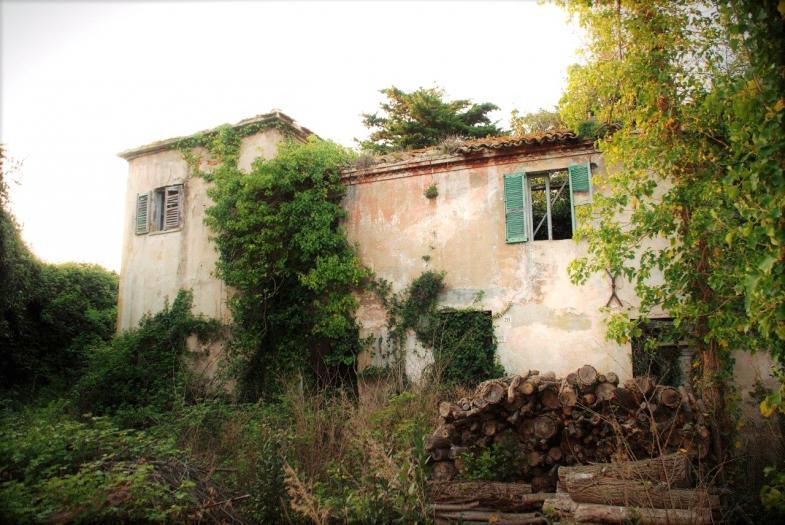 Vendita Senigallia  - Mq. 250 Bagni.0 Locali.0 - euro 160000