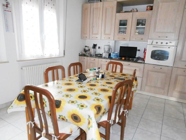 Vendita Senigallia  - Mq. 190 Bagni.3 Locali.5 - euro 240000