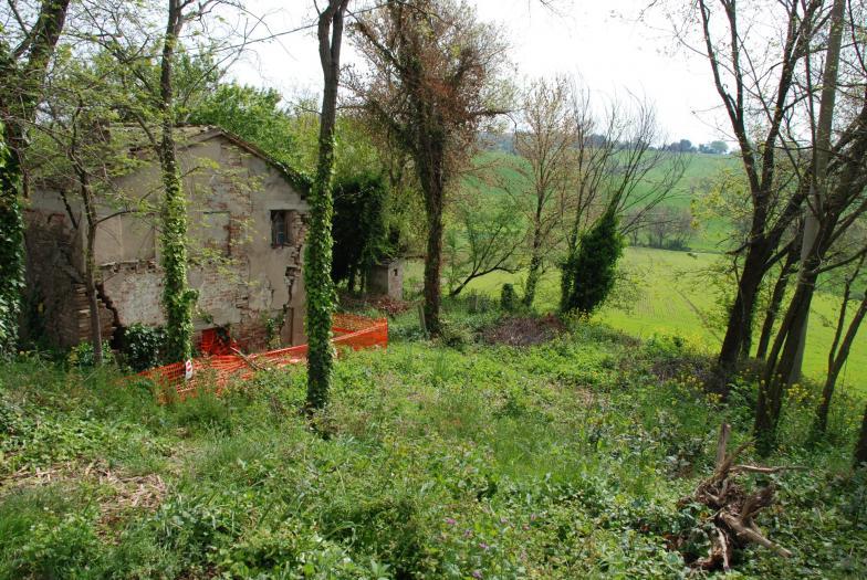 Vendita Senigallia  - Mq. 156 Bagni.0 Locali.0 - euro 85000