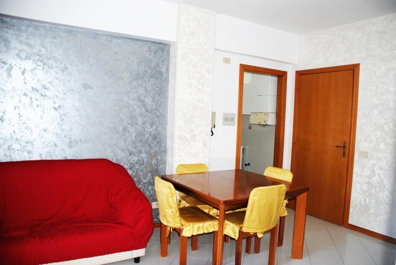 Vendita Montemarciano  - Mq. 60 Bagni.1 Locali.3 - euro 65000