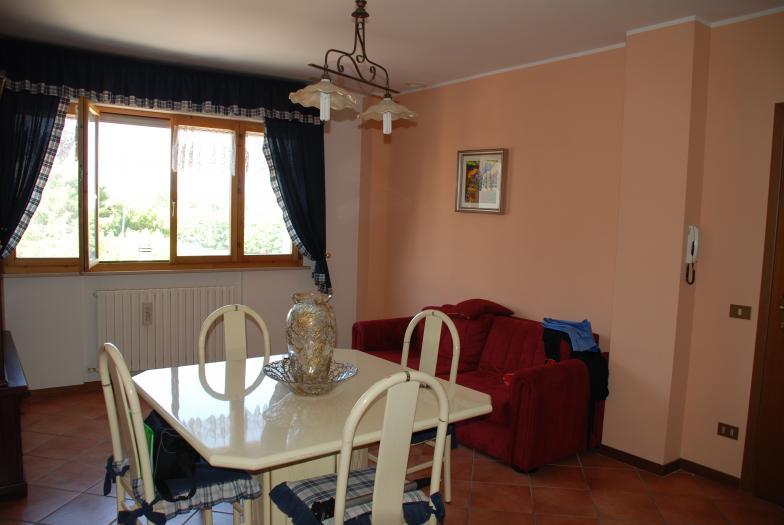 Vendita Montemarciano  - Mq. 80 Bagni.1 Locali.4 - euro 130000