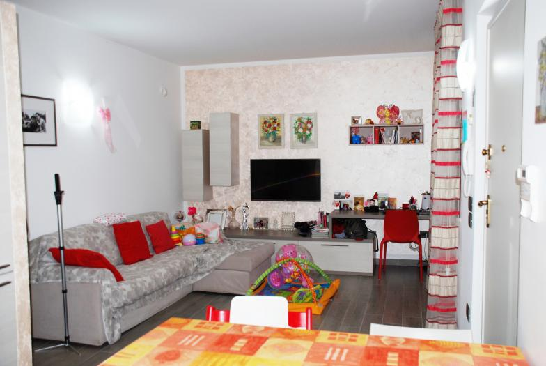 Vendita Ostra  - Mq. 65 Bagni.2 Locali.0 - euro 135000