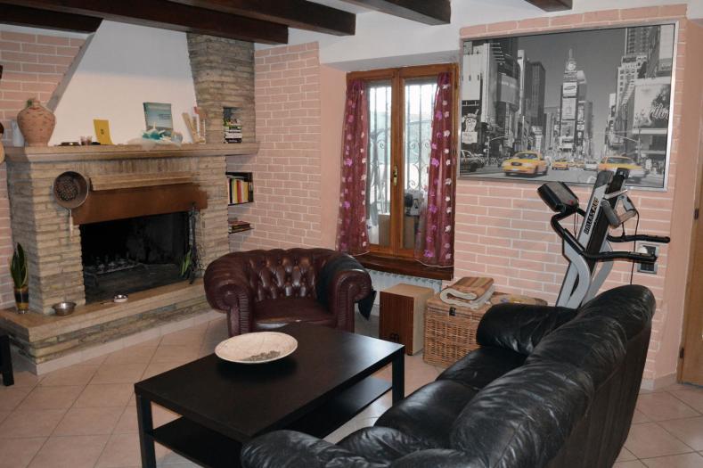Vendita Senigallia  - Mq. 180 Bagni.2 Locali.6 - euro 320000
