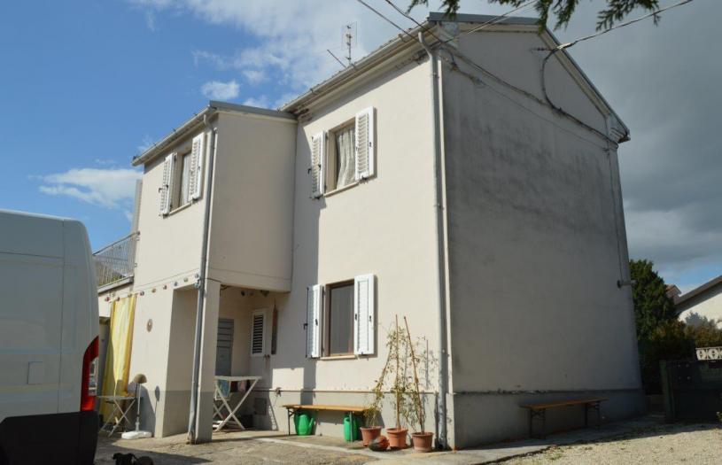 Vendita Mondolfo  - Mq. 117 Bagni.2 Locali.5 - euro 95000