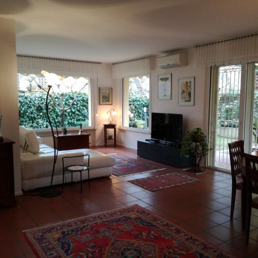Vendita Senigallia  - Mq. 200 Bagni.5 Locali.7 - euro € 850000