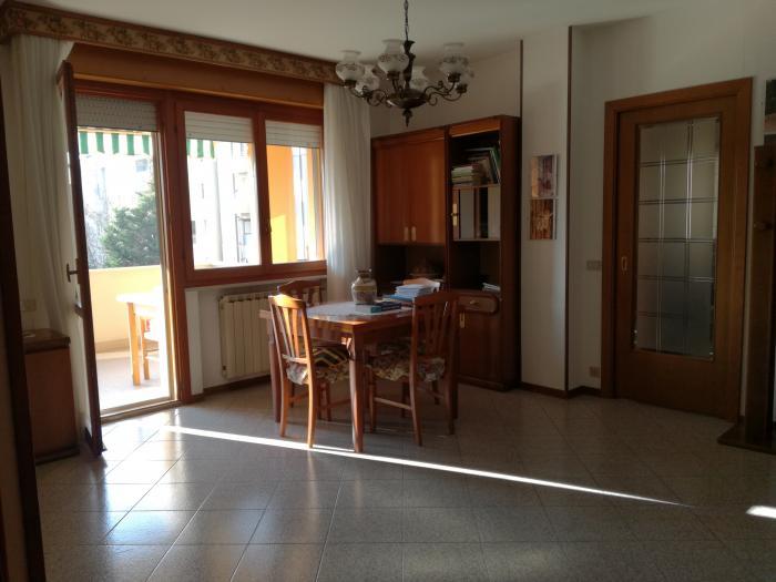 Vendita Senigallia  - Mq. 85 Bagni.2 Locali.3 - euro € 240000