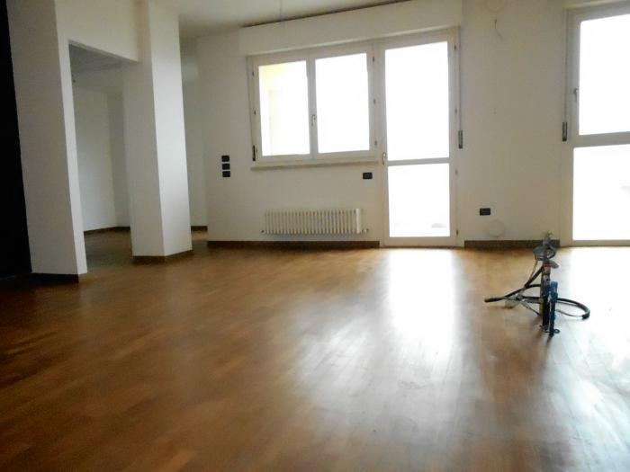 Vendita Senigallia  - Mq. 100 Bagni.2 Locali.4 - euro € 270000