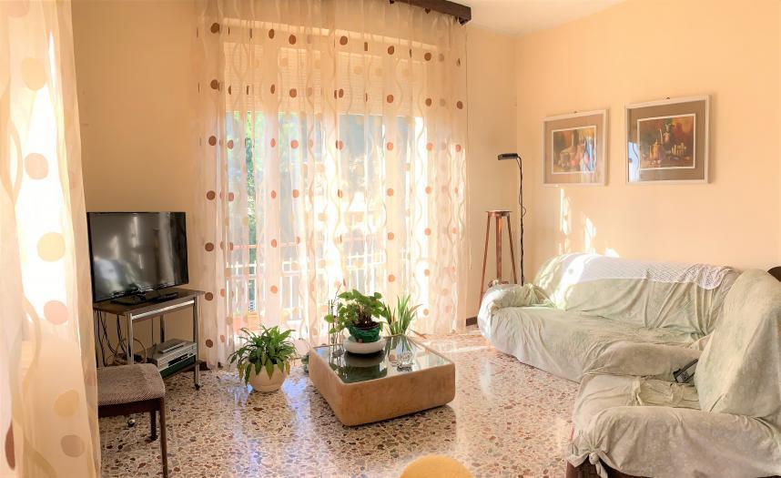 Vendita Senigallia  - Mq. 130 Bagni.1 Locali.5 - euro € 220000