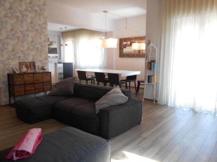 Vendita Senigallia  - Mq. 130 Bagni.2 Locali.5 - euro € 390000