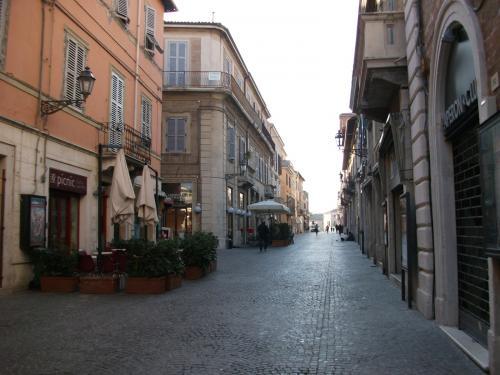 Appartamento in affitto vacanze senigallia an 150 mq - Calcola affitto ...