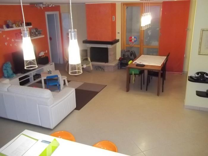 Vendita Mondolfo Appartamento al piano terra - Mq. 62 Bagni.2 Locali.3 - euro 220000