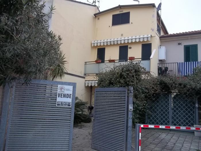 Vendita Senigallia Casa indipendente - Mq. 110 Bagni.2 Locali.4 - euro 260000