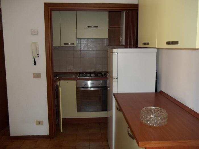 Vendita Senigallia Appartamento  - Mq. 60 Bagni.1 Locali.3 - euro 100000