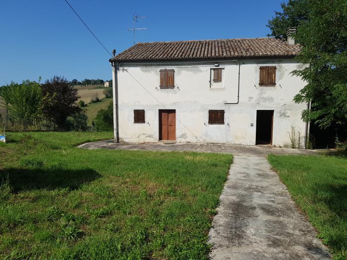Vendita Mondolfo Casa singola - Mq. 175 Bagni.3 Locali.7 - euro 120000
