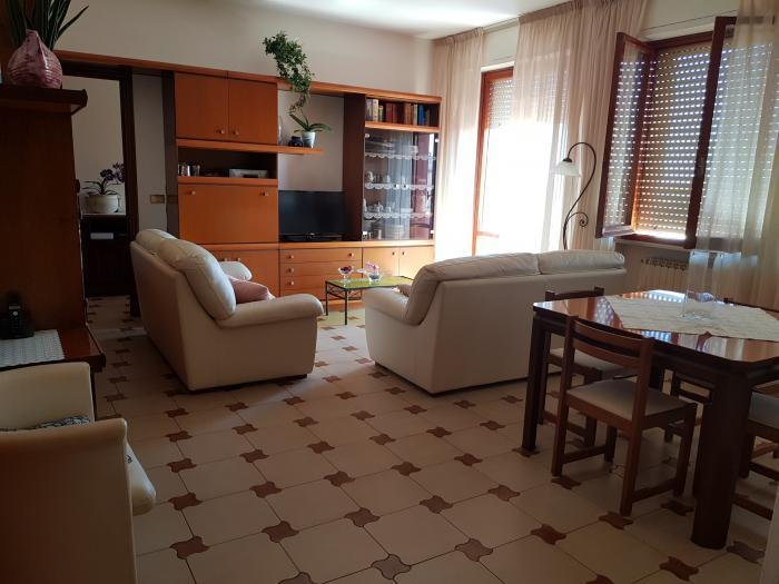 Vendita Senigallia Appartamento quadrilocale - Mq. 126 Bagni.2 Locali.6 - euro 220000