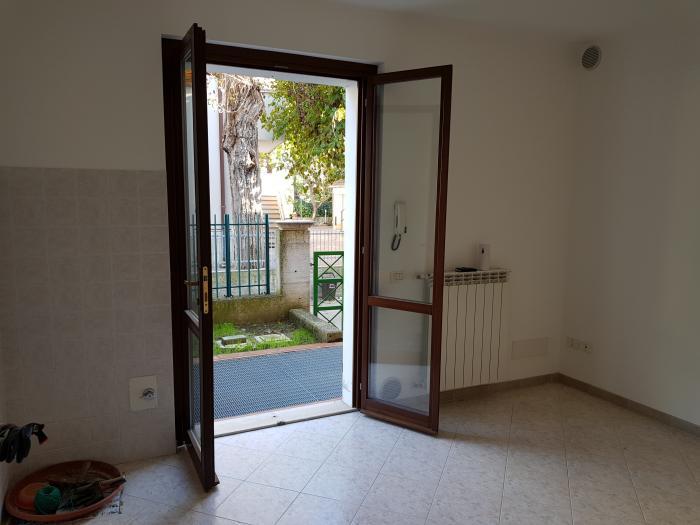 Vendita Senigallia Appartamento bilocale - Mq. 45 Bagni.1 Locali.2 - euro 115000