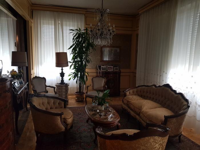 Vendita Senigallia Appartamento in bifamiliare - Mq. 206 Bagni.1 Locali.5 - euro 400000